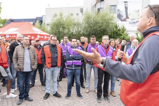 'Er is veel bij AkzoNobel aan de hand'