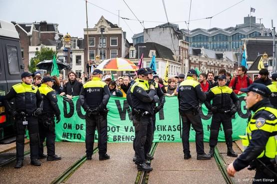Opgepakte klimaatactivisten weer vrij