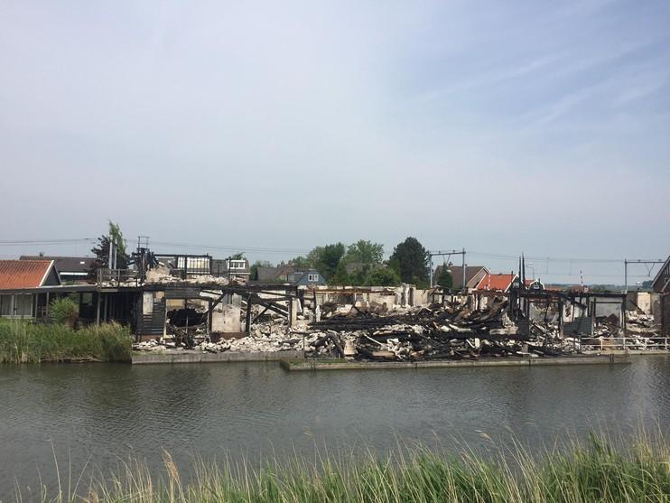 Brand hotel Purmer Eend: 'Kwadijk verliest zijn aangezicht' - Noordhollands Dagblad (persbericht) (Registratie)