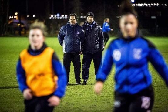 Voetbalsters uit Driehuis willen naar hoofdklasse