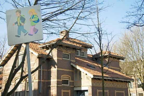 NLdoet: mooier Badhuis in Haarlem en gezellige kamer voor asielhonden Zandvoort
