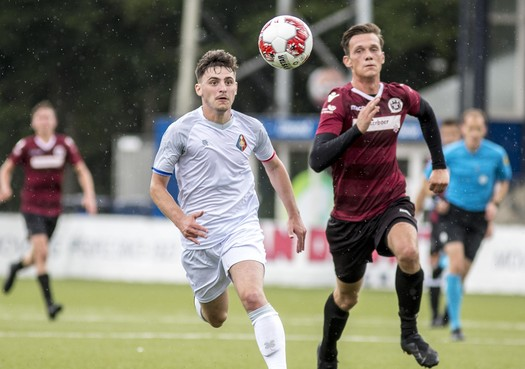 Hoeben voelt zich al thuis bij Telstar tegen IJmuiden: 6-0