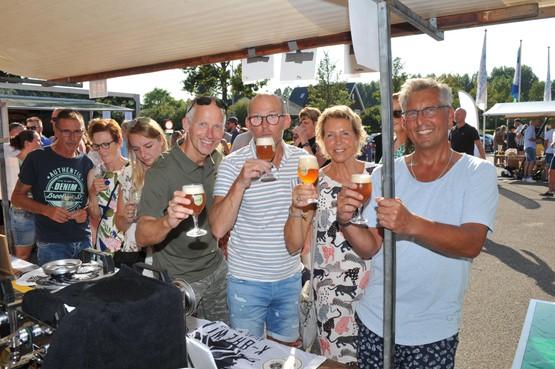'Jij nog een Blozend Blondje?' op bierevenement Herrie in de Haven