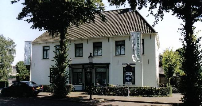 Huizer Museum, Huizer Havendag en Gooise Tram krijgen van het college nul op 't rekest