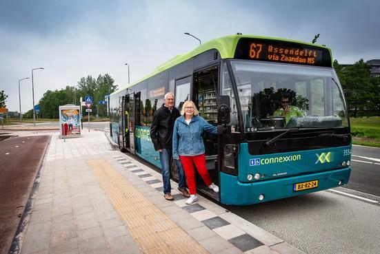 Instappen kan nu ook, bij bushalte aan de Noordweg in Wormer