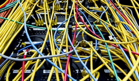 Gijzeling voor bitcoins: rechercheurs vechten vanuit beveiligd pand in Alkmaar tegen cybercriminelen