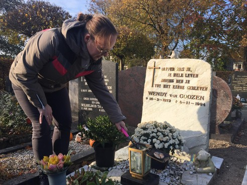 Dankbaarheid overheerst op heropende begraafplaats bij de Onze-Lieve-Vrouw-Geboortekerk in Hoogmade
