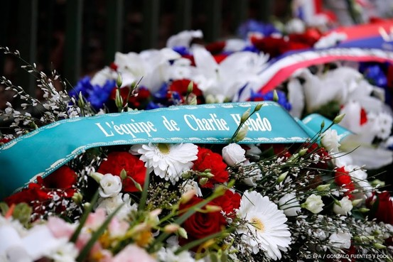 Veertien mensen voor aanslagen Parijs vervolgd
