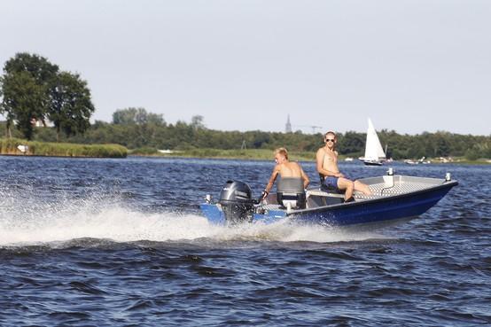 Alleen nog elektrische bootjes op nieuwe vaarroute Loosdrecht: 'Belachelijk plan'