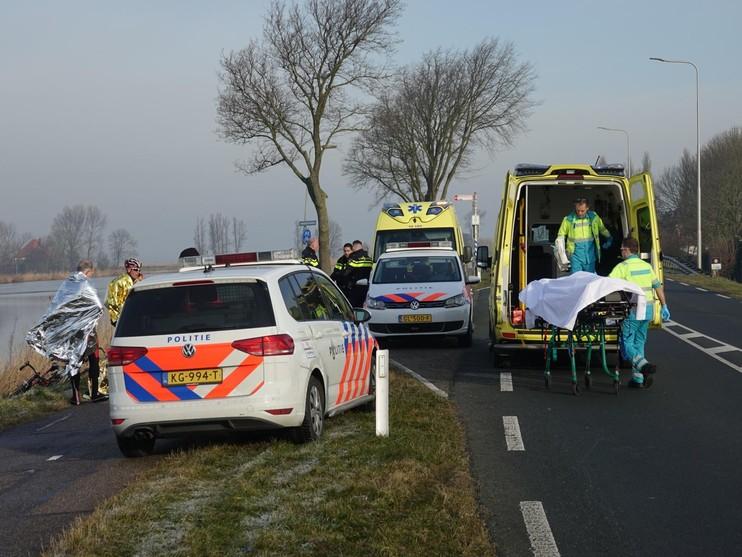 Racefietsers botsen op elkaar en raken gewond in Markenbinnen