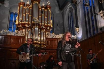 Rockconcert met kerkorgel in de Oosterkerk in Hoorn: ogen dicht en genieten [video]