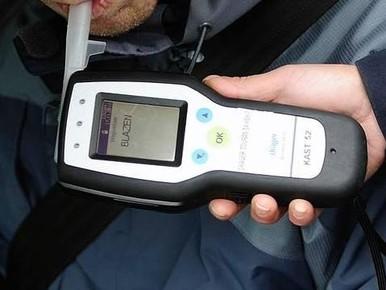 Dronken brommerrijder zonder rijbewijs aangehouden in Den Helder