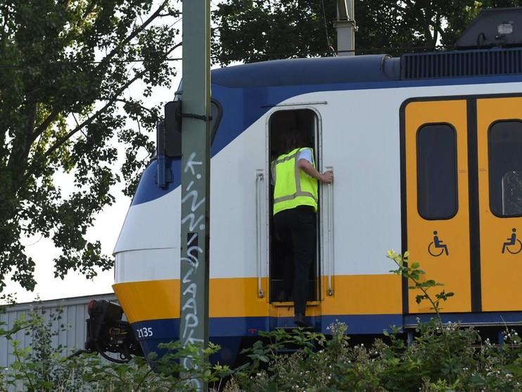 Verkeerschaos Zoeterwoude door defecte trein