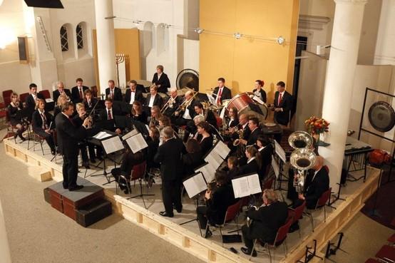 Vijf muziekpodia in Baarn bij 125-jarig jubileum Crescendo: 'Niet meer in apenpakjes op straat'