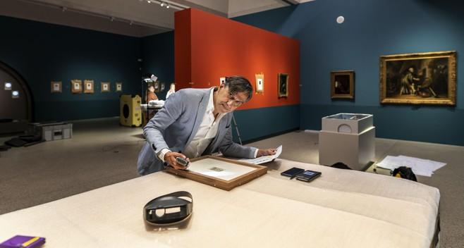 Lakenhal-conservator Christiaan Vogelaar bezocht als elfjarige al musea: 'Kunst is voor mensen troost en zingeving'