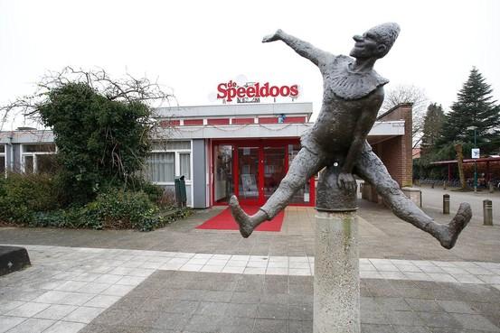 Theater de Speeldoos vecht zich uit de rode cijfers met meer commercie: 'Ons rode pluche is leuker dan een zaaltje bij Van der Valk'
