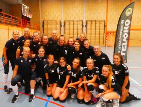 Volleybalster Britte Stuut als erkende schakel van Talenttalent terug op Texel, haar eiland
