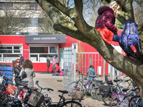 Treurige laatste dag van klas 5 van de Rudolf Steinerschool in Haarlem