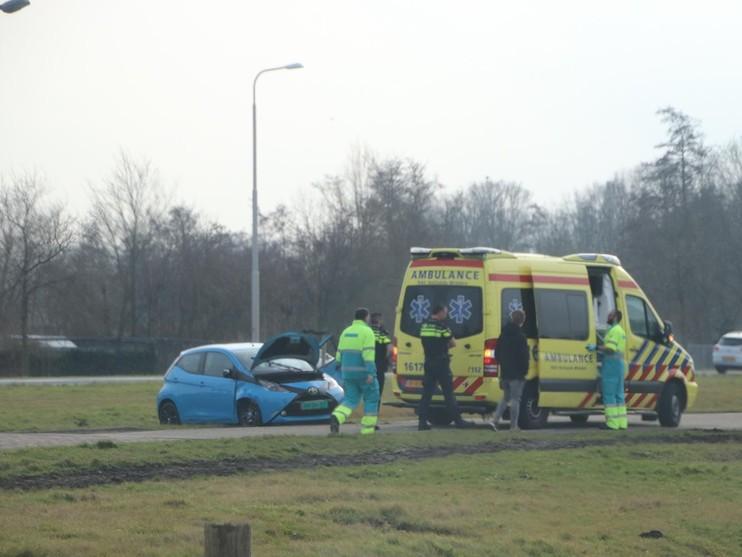 Bestuurder rijdt auto total loss tijdens testrit in Wassenaar