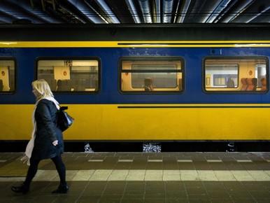 Minder treinen tussen Leiden en Schiphol