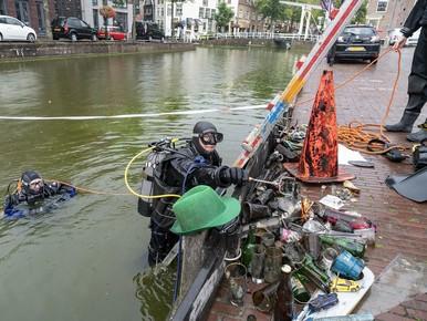 Pureestamper op bodem Voordam Alkmaar: voor de digitale tentoonstelling
