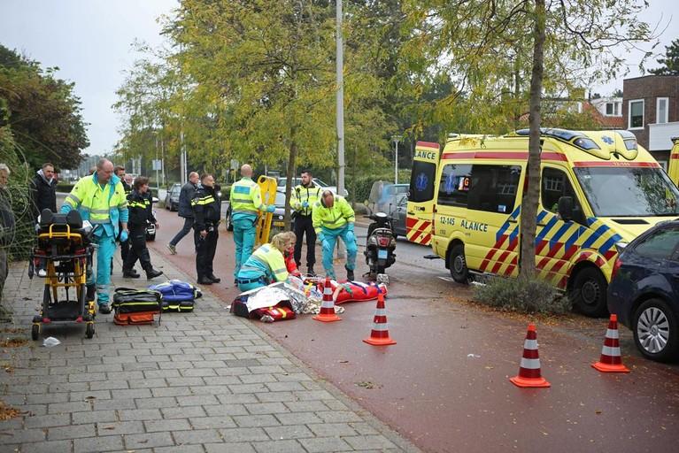 Scooterrijder zwaargewond bij val in Zandvoort