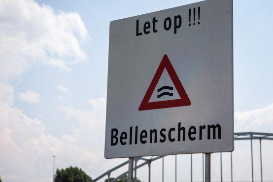 Rijkswaterstaat schakelt schermen tegen zout water bij Noordersluis uit