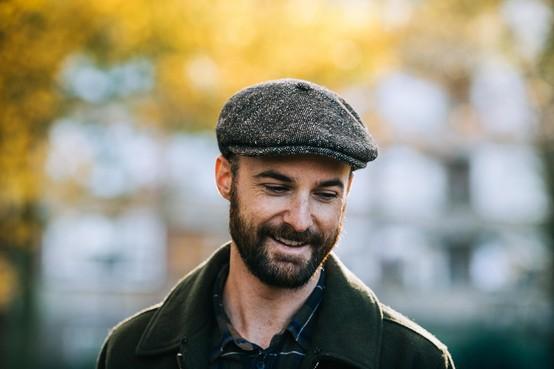 Alkmaarder Guy Rooks presenteert debuutalbum in Victorie: z'n zoon nam de twijfel weg [audio]