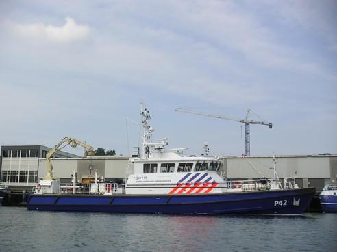 Aan ketting gelegd schip in IJmuiden had gat in de romp