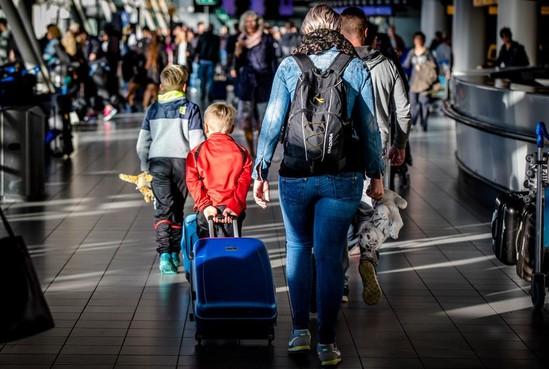 Commentaar: Verbod op nachtvluchten goed idee, reiziger uitgeslapen op vakantie