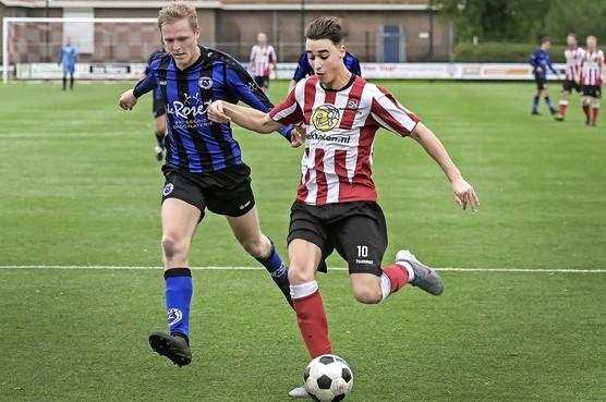 Spartanen ruilt na nederlaag van plek met Vitesse'22