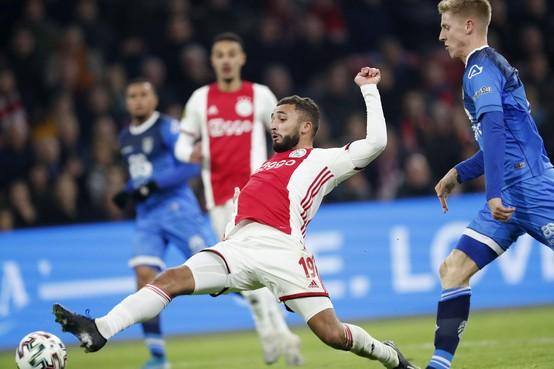 Labyad ziet nu echt hoe snel het bij Ajax gaat [video]