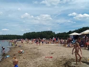 Vragen over strandpaviljoen: Statenleden vrezen natuurschade van Blaricum Beach