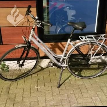 Met drugs en inbrekersspullen op gestolen fiets in Alphen