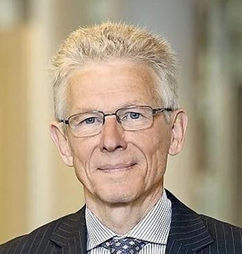 Eemnes: wethouder Jan van Katwijk per direct weg