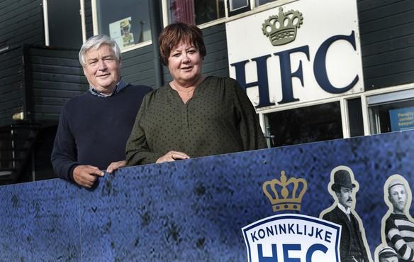 Ouders Frank Korpershoek zijn Telstar-supporters met een koninklijk hart: 'Het is erg lastig om te kiezen'