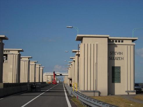Speeddates voor werk op Afsluitdijk: honderd banen voor mensen met uitkering
