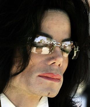 Demonstratie pro Michael Jackson bij VPRO-gebouw: 'Documentaire is wraak'