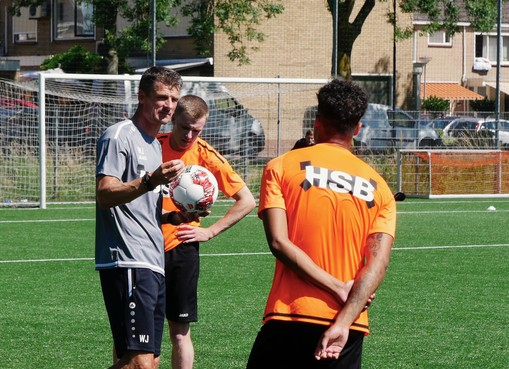 Wim Jonk met FC Volendam begonnen aan 'ontdekkingsreis'