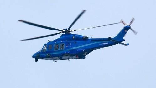 Ruim honderd kilometer per uur te hard over de Afsluitdijk: betrapt door politiehelikopter