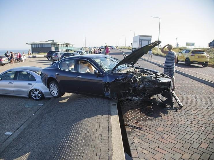 Maserati richt ravage aan in Zandvoort [video]