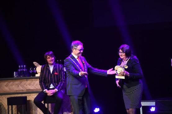 Vijfentwintigste uitreiking kunst- en cultuurprijs De Olifant in Stadsschouwburg Haarlem is één groot feest