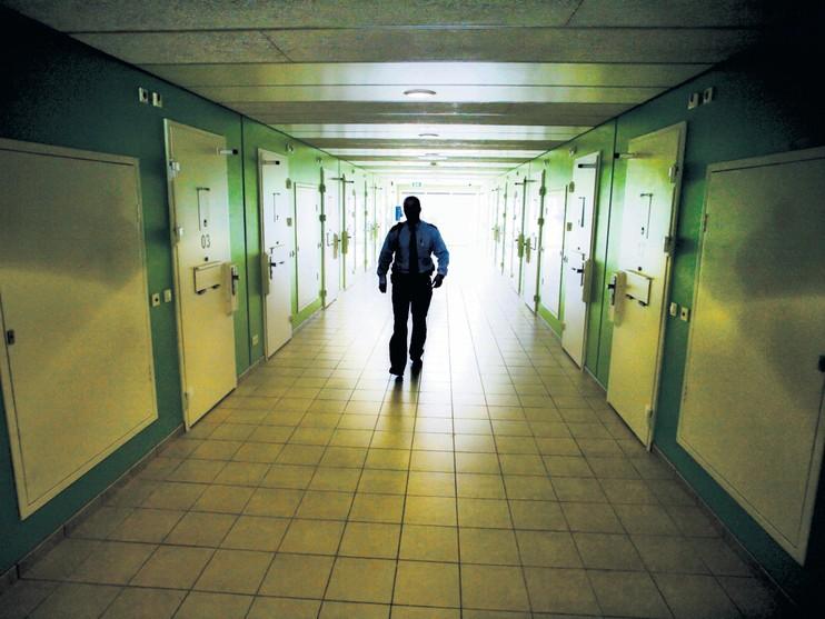 Personeel cellen Alphen doodsbang