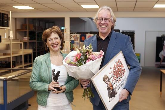 Henske Jakobs van Voedselbank dolblij met titel De Gooi- en Eemlander van 2017