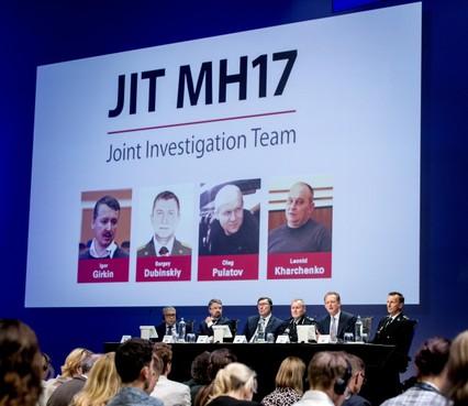 Vier verdachten MH17 op opsporingslijsten
