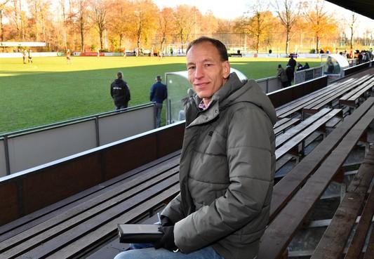 Trainer René van Marsbergen vertrekt al weer na een half jaar bij SVW'27