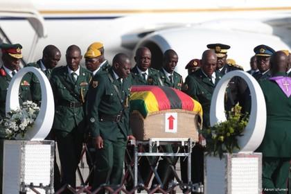 Familie en partij ruziën over uitvaart Mugabe