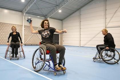 Partijspelletje moeilijkst bij rolstoelhandbal