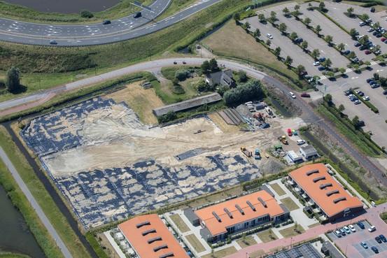 Huize slopen voor beter overzicht op Middenweg Heerhugowaard