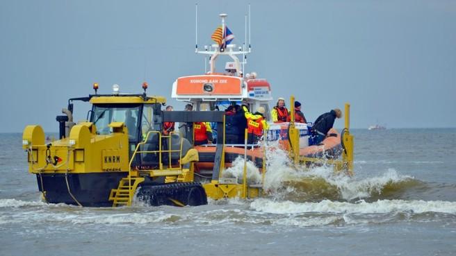 Redders langs kust bij Egmond, Bergen en Schoorl beleven topdrukte